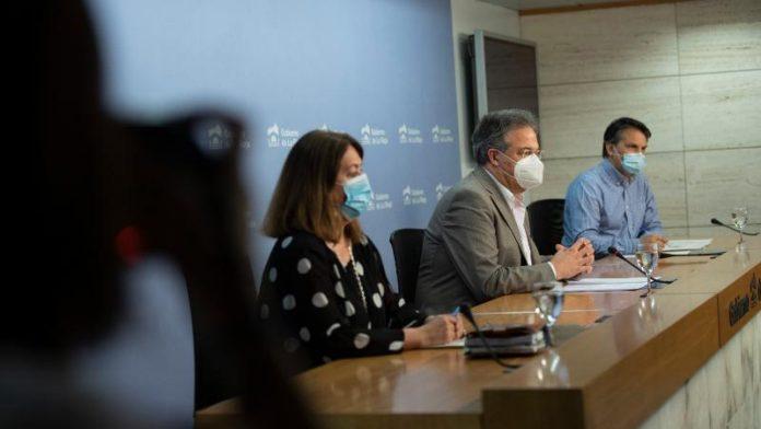 El consejero de Educación explica el Plan de Contingencia del próximo curso escolar