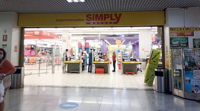 Supermercado Simply en la planta baja del ARCCA