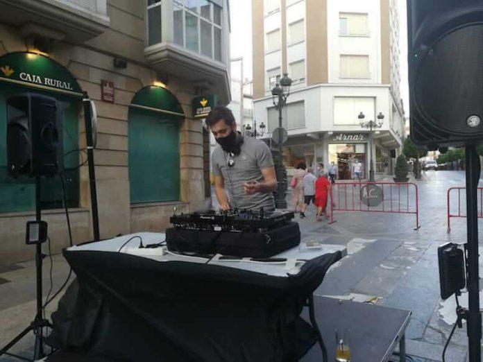 Dj bimilenaria cultural en calle mártires