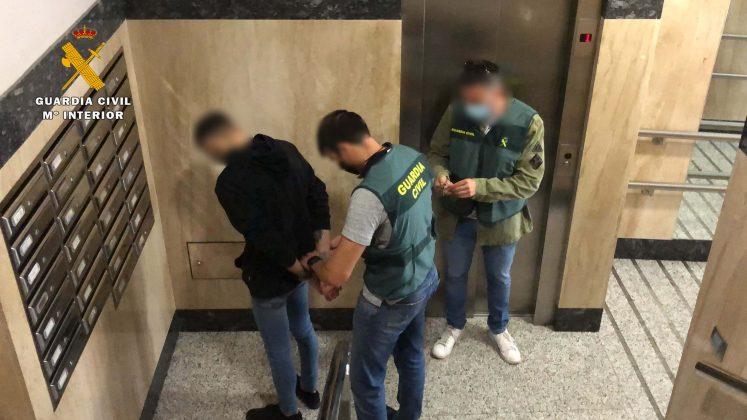 Detenidos en la operación Olimpo de la Guardia Civil