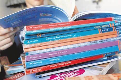 Libros y material escolar