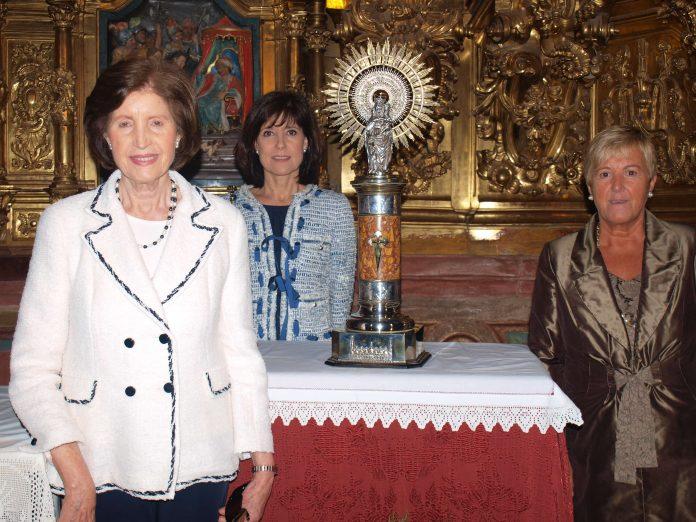 Corte de Sras. en Honor a la Virgen del Pilar