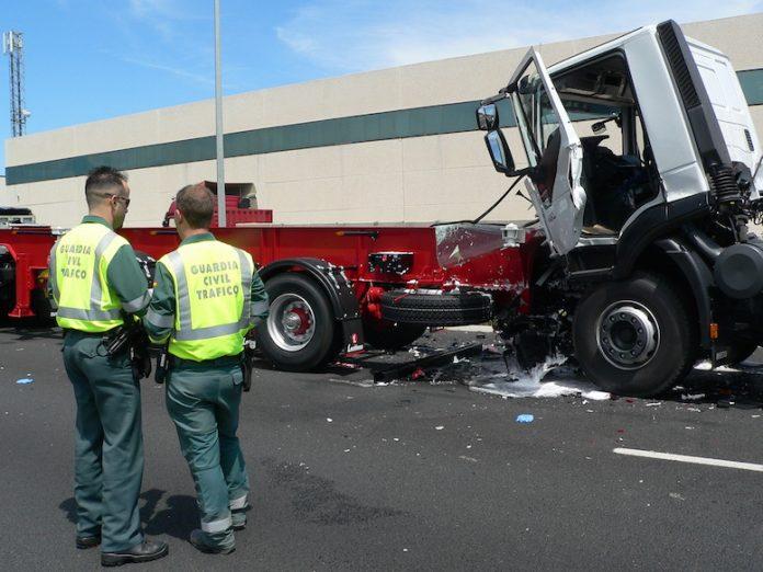 accidente camiones en Tejerías