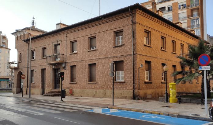 Casa Consistorial Ayuntamiento fachada lateral