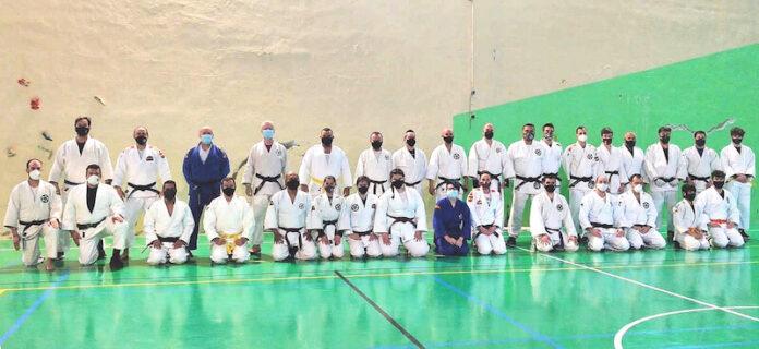 Aula de Formación Permanente de Defensa Personal y Jiu Jitsu copia