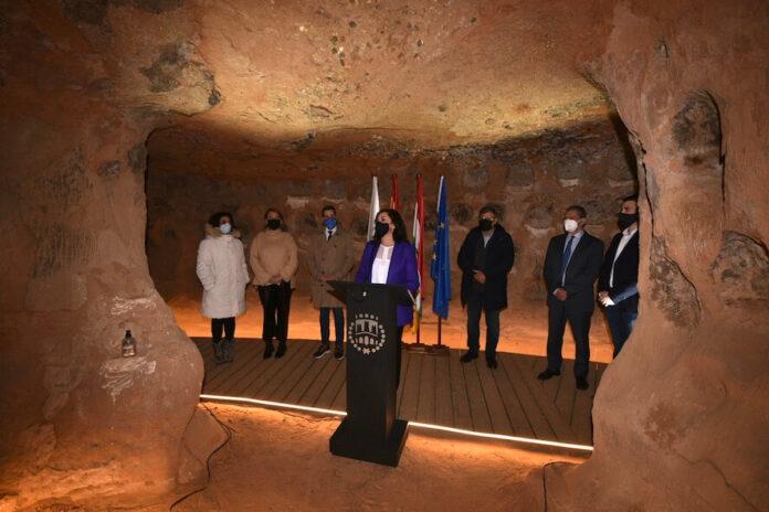 Inauguración Cueva de los 100 Pilares 1