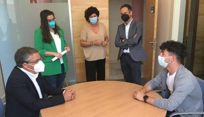 Pablo Rubio visita Centro Coordinación de Servicios Sociales copia