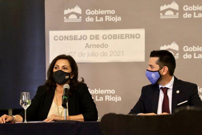Presidenta rueda de prensa Arnedo