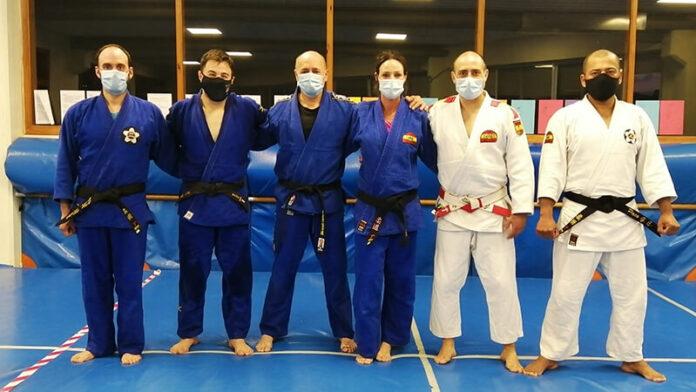cinturones negro Jiu Jitsu y Defensa Personal copia