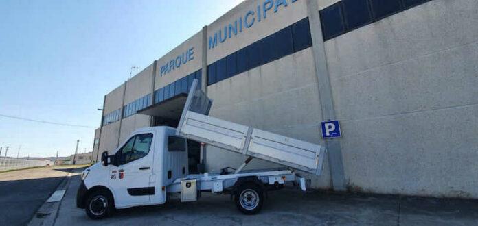 nuevo camión basculante Parque Municipal de Servicios copia