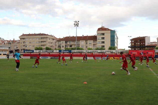 primer entrenamiento CD Calahorra 2021-2022 4