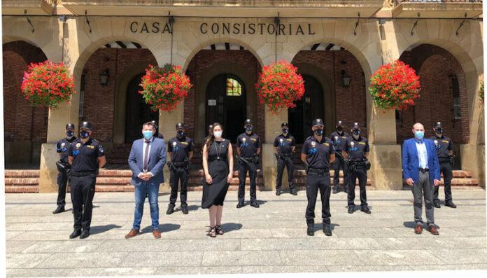 toma de posesión 9 policías copia