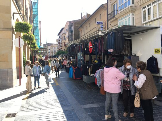 mercado del jueves vuelve al casco antiguo 10