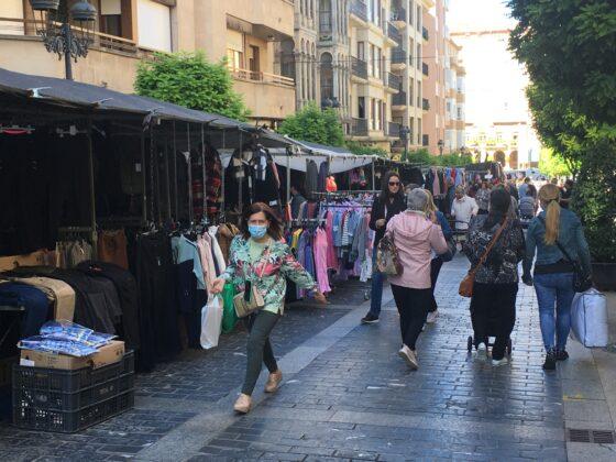 mercado del jueves vuelve al casco antiguo 12