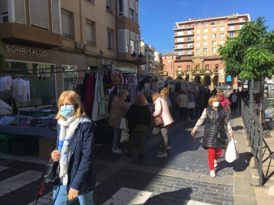 mercado del jueves vuelve al casco antiguo 13