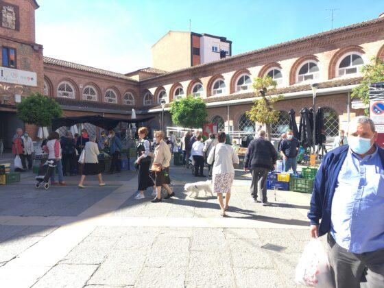 mercado del jueves vuelve al casco antiguo 4